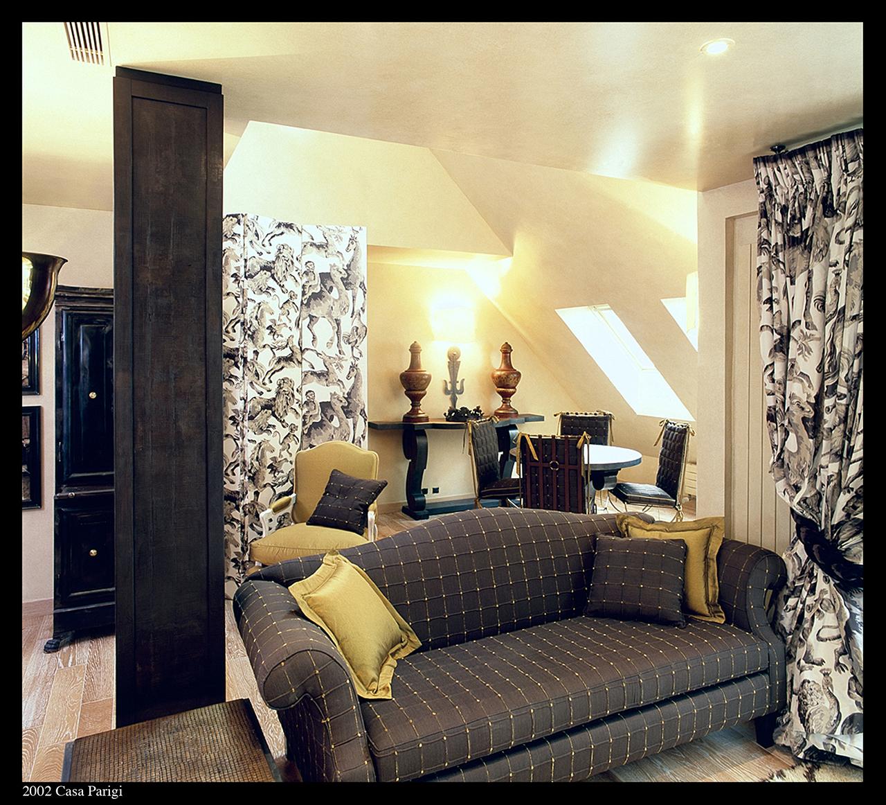 Pied a Terre Apartment / Paris 1